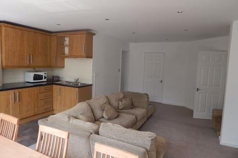 2 bedroom flat to rent - The Park, Nottingham, NG7 - P00763