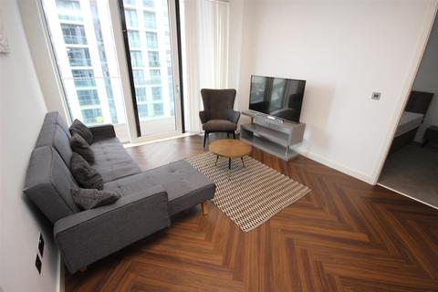 2 bedroom apartment to rent - The Lightbox, Blue Salford Quays M50