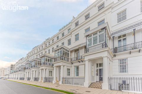Studio to rent - Chichester Terrace, Brighton, East Sussex, BN2