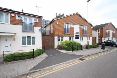 2 bedroom semi-detached house to rent - Watkin Road, Freemans Meadow, Leicester, LE2 7HW