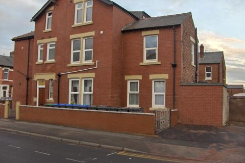 1 bedroom flat to rent - St Heliers Road, Blackpool FY1