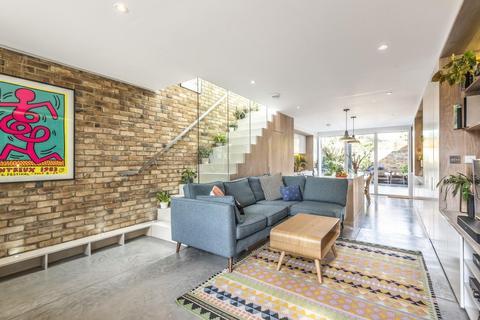 2 bedroom end of terrace house for sale - Effingham Road, Hornsey