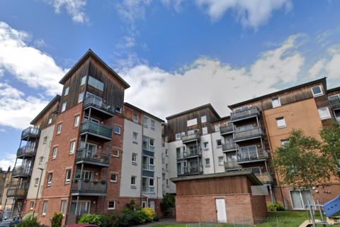1 bedroom apartment to rent - Albion Gardens, Edinburgh EH7