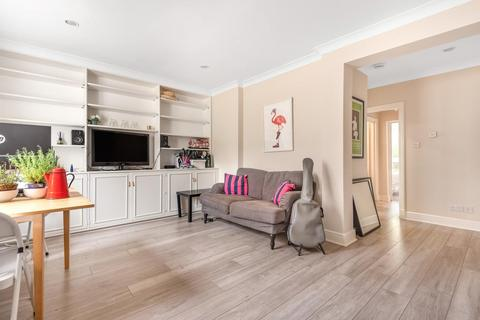 1 bedroom flat - Blythe Road, Brook Green