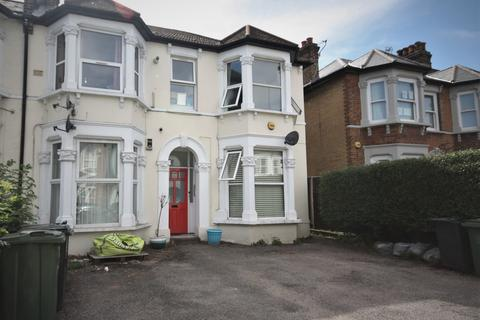 1 bedroom flat to rent -  142 Springbank Road,  London, SE13