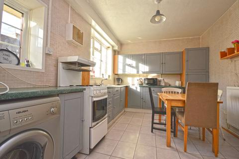 3 bedroom end of terrace house to rent - Ames Cottages, Hearnshaw Street, London, E14