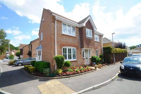 3 bedroom detached house for sale - Doulton Gardens, Poole, Dorset, BH14