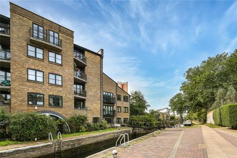 2 bedroom flat for sale - Hertford Lock House, 201 Parnell Road, London, E3