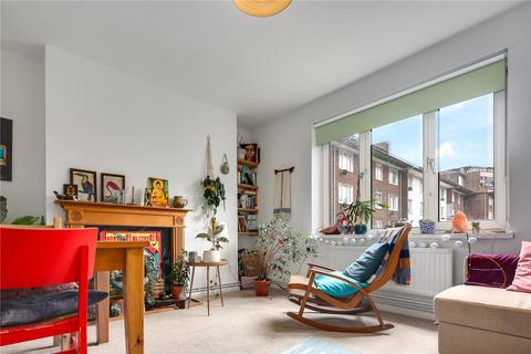 2 bedroom flat for sale - O'Brien House, Roman Road, London, E2