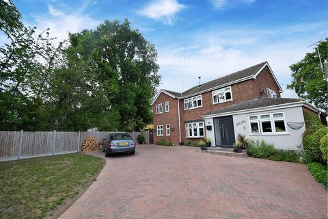 5 bedroom detached house for sale - Eaton Way, Gt Totham, Maldon, Essex, CM9