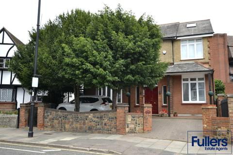 5 bedroom detached house for sale - Cecil Road, Enfield EN2