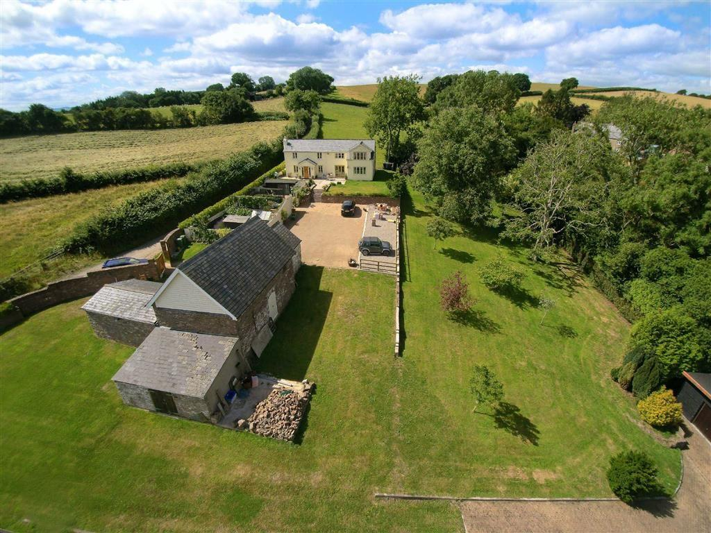 4 Bedrooms Detached House for sale in Tal-y-coed Lane, Llantilio Crossenny, Abergavenny
