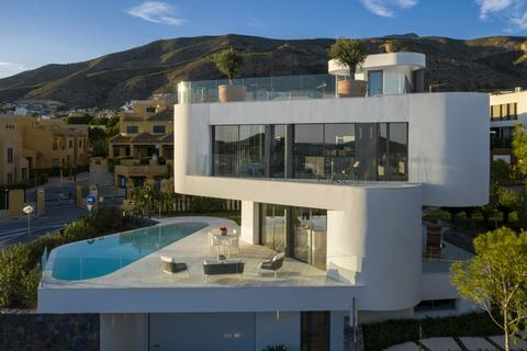 4 bedroom detached house - Finestrat, Alicante, Spain