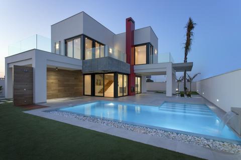 4 bedroom detached house - Los Alcazares, Murcia, Spain