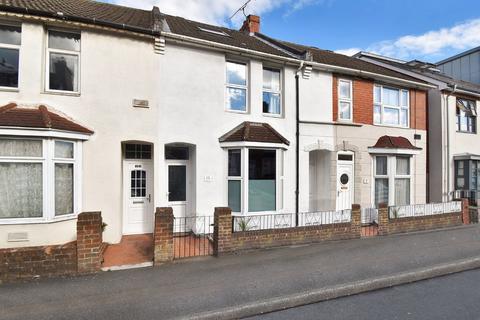 3 bedroom terraced house for sale - Sturges Road, Ashford