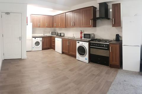 7 bedroom flat to rent - Egerton Road, Fallowfield,, Manchester