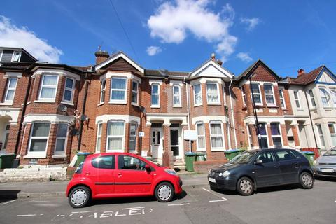 6 bedroom terraced house for sale - Shakespeare Avenue, Southampton