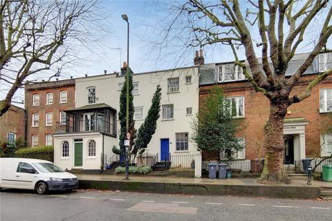 2 bedroom terraced house for sale - North Hill, London, N6