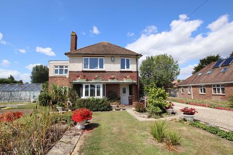 4 bedroom detached house to rent - Bell Lane, Birdham