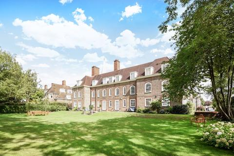 3 bedroom apartment for sale - South Square, Hampstead Garden Suburb, NW11