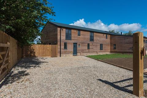 4 bedroom barn conversion for sale - Frittenden, Kent