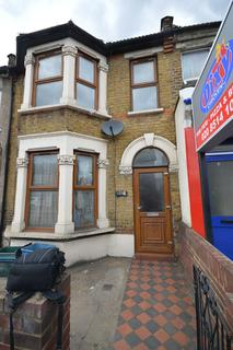 2 bedroom apartment to rent - Ley Street, Ilford