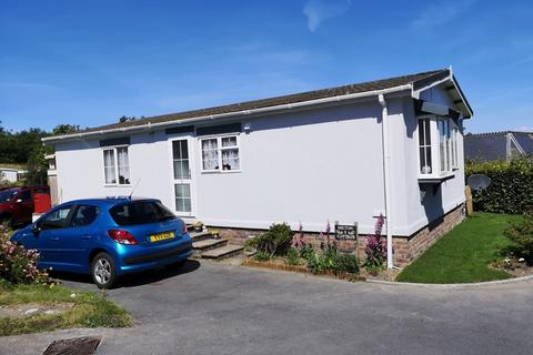 2 bedroom park home for sale - Capel Dewi Road, Llangunnor, Carmarthen, SA32