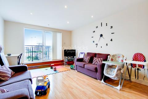2 bedroom apartment for sale - Studley Court, LONDON, E14