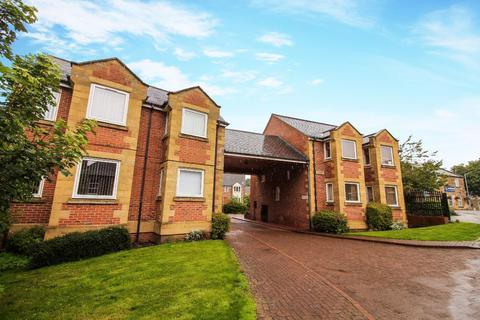 3 bedroom flat to rent - Wellway Court, Morpeth