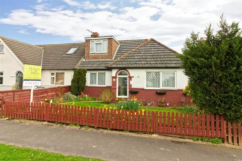 5 bedroom detached bungalow for sale - First Avenue, Lancing