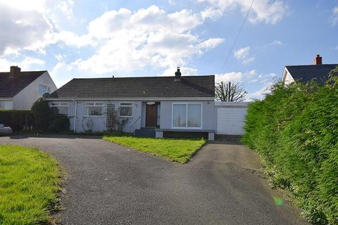 4 bedroom detached bungalow for sale - Parcllyn