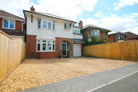 5 bedroom detached house for sale - Hennings Park Road, Poole