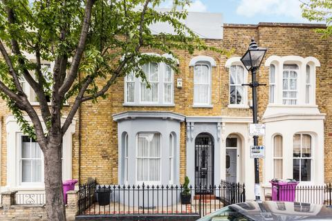 3 bedroom terraced house for sale - Lichfield Road, London, E3