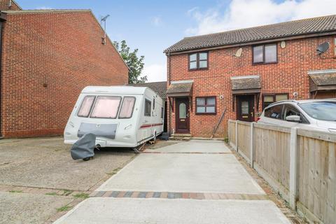2 bedroom semi-detached house for sale - Buchanan Way, Latchingdon