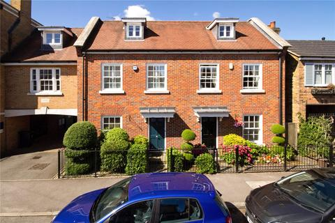 3 bedroom semi-detached house for sale - Blue Dragon Yard, Beaconsfield, Buckinghamshire, HP9