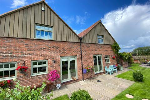 4 bedroom barn conversion for sale - Hurworth, Darlington
