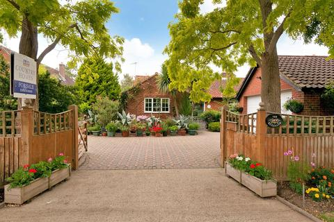 3 bedroom detached house for sale - Whetsted Road, Five Oak Green, Tonbridge