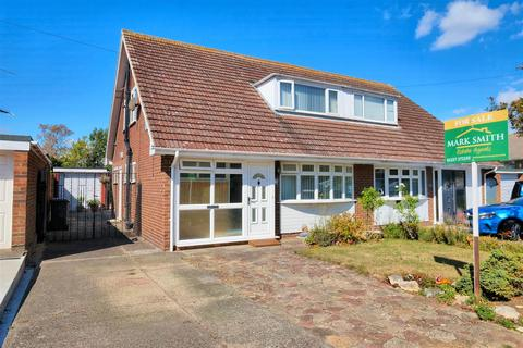 3 bedroom chalet for sale - Sherwood Drive, Whitstable