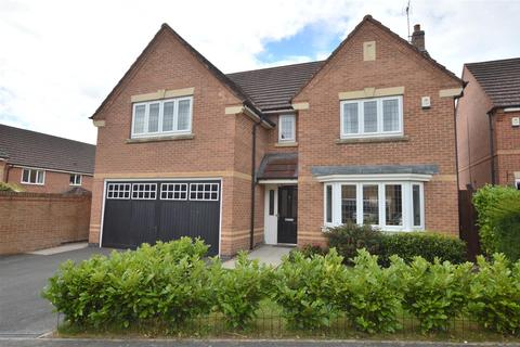 4 bedroom detached house for sale - Sherroside Close, Allestree, Derby