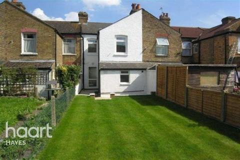 4 bedroom terraced house to rent - Cromwell Road, UB3