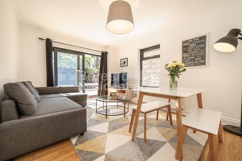 2 bedroom flat for sale - Morrish Road, Brixton, SW2