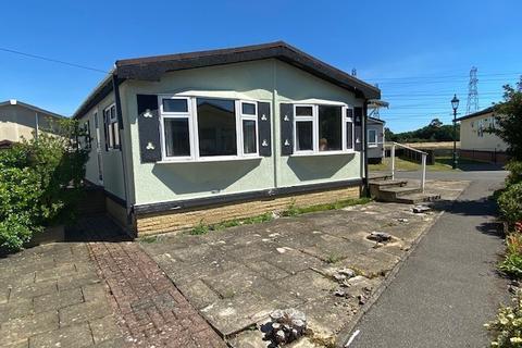 2 bedroom park home for sale - Addlestone / Weybridge