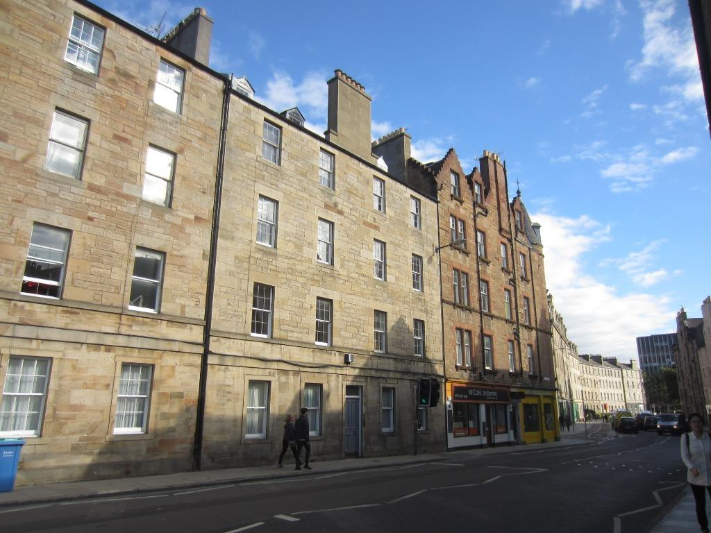 Buccleuch Street, Newington, Edinburgh, EH8 9NG 2 bed flat ...