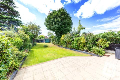 4 bedroom semi-detached house for sale - Coniston Avenue, Upminster, RM14