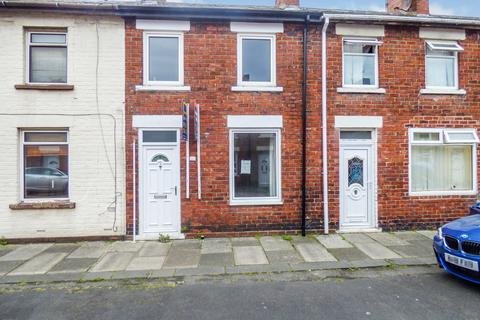 3 bedroom terraced house for sale - Madras Street, South Shields, Tyne and Wear, NE34 9AY
