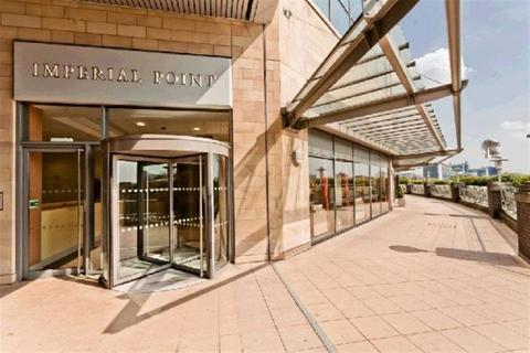 2 bedroom apartment to rent - Imperial Point, Salford Quays, M50