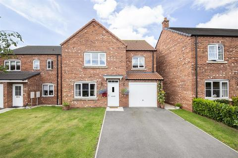 4 bedroom detached house for sale - Suskers Close, Easingwold, York, YO61 3FW