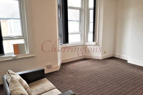 2 bedroom flat to rent - Amazing First Floor Two Bedroom Flat | To let | Kilburn Tube | NW6