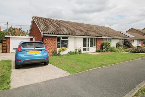 2 bedroom bungalow to rent - Selkirk Gardens, , Cheltenham, GL52 5LX