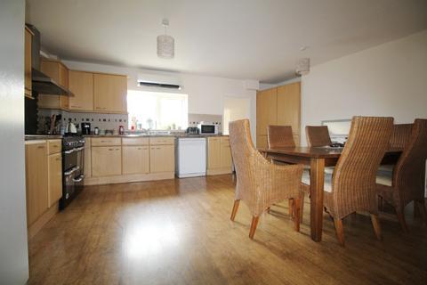 4 bedroom flat to rent - High Street , , Cheltenham, GL50 1EE